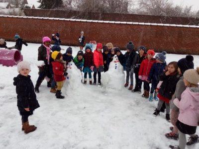 sneeuwpret tijdens de speeltijd