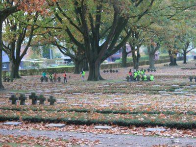 Bezoek aan het Duits kerkhof in Hooglede